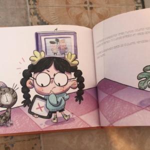 Libro infantil !Hola Siri¡
